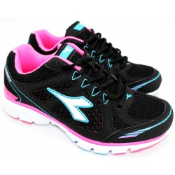 Zapatilla Ultra Liviana Fresh Color Negro/fucsia - Diadora